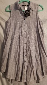 Women's NWT Mlle Gabrielle Dress Top Size Small